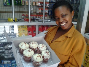 Maggie receiving cupcakes from Butterliliy shop from MyOrder Delivery